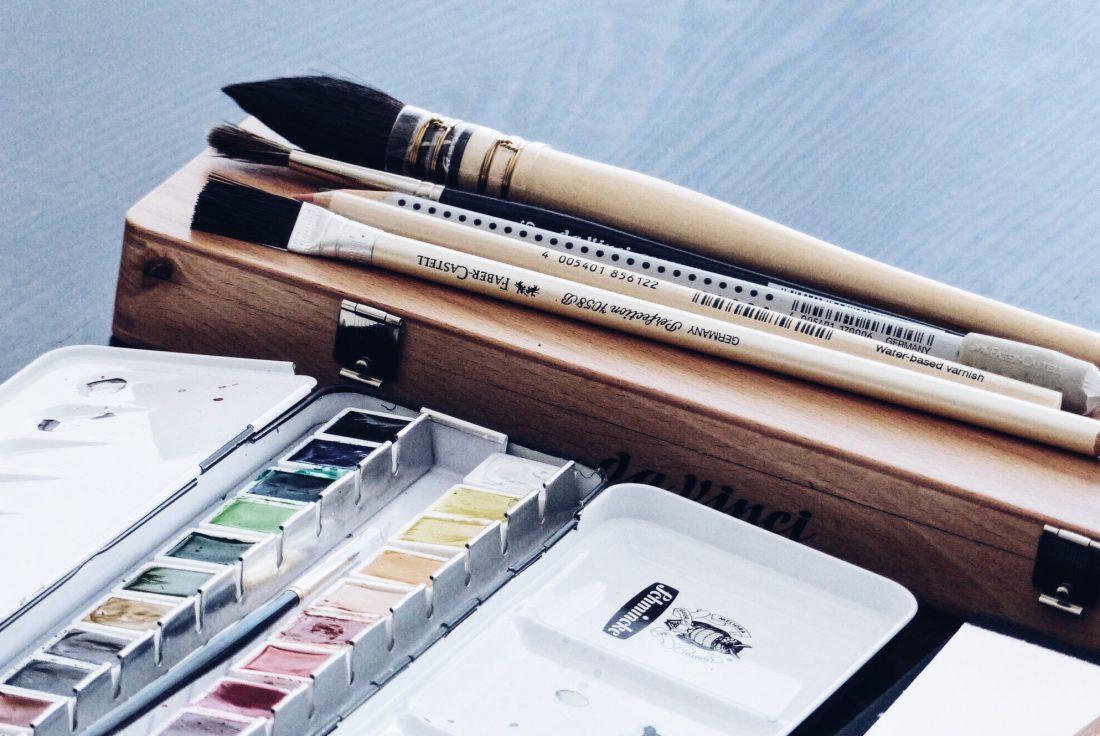 Recourses for traditional illustration // nadinebatista.de